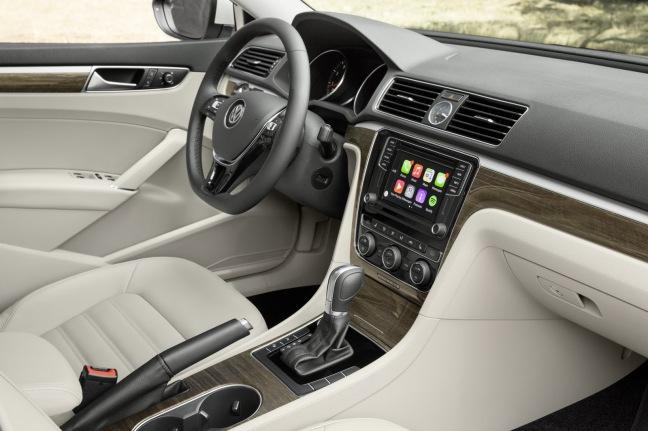 2016-VW-Passat-26